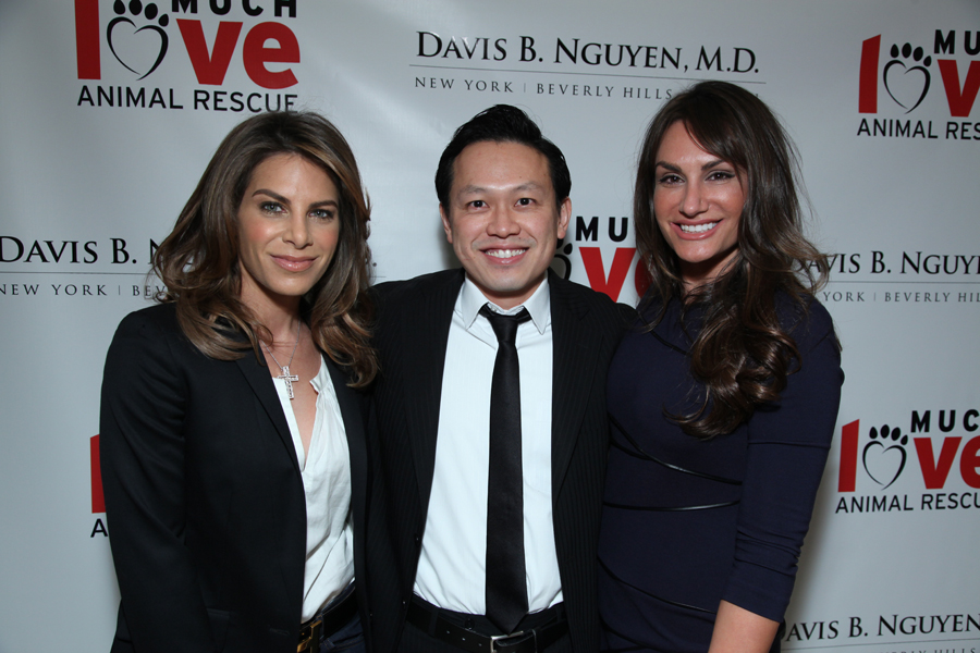 """Makeover for Mutts"" hosted by Dr. Davis B. Nguyen and Much Love"